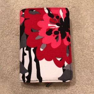 Thirty One wallet. never used.